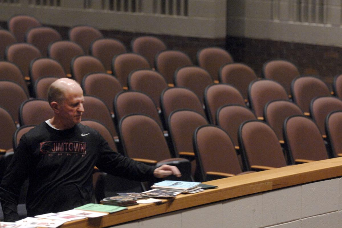 Jimtown teacher, coach, theater director retires after 27 years