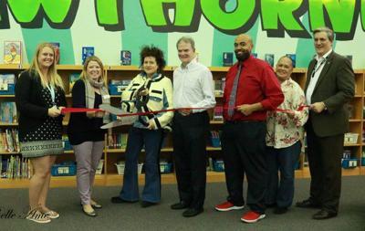 Hawthorne Elementary unveils library renovation