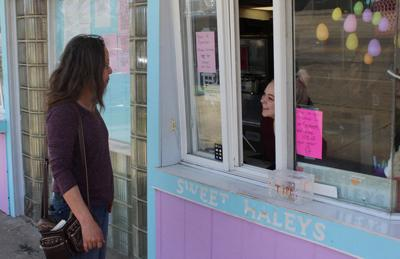 21-year-old ice cream shop owner is ready for second season
