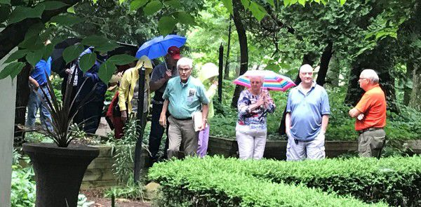 Walking tours teach Middlebury history