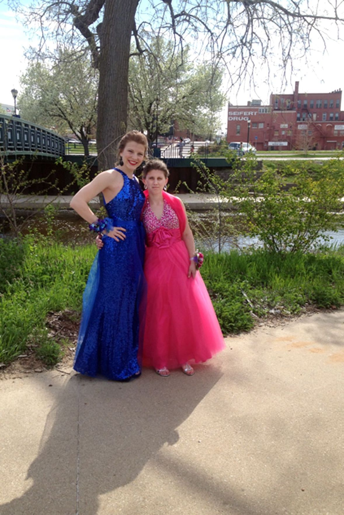Seniors give classmate with special needs a prom to remember