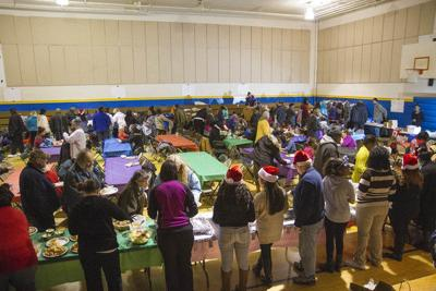 South Side hosts annual holiday dinner