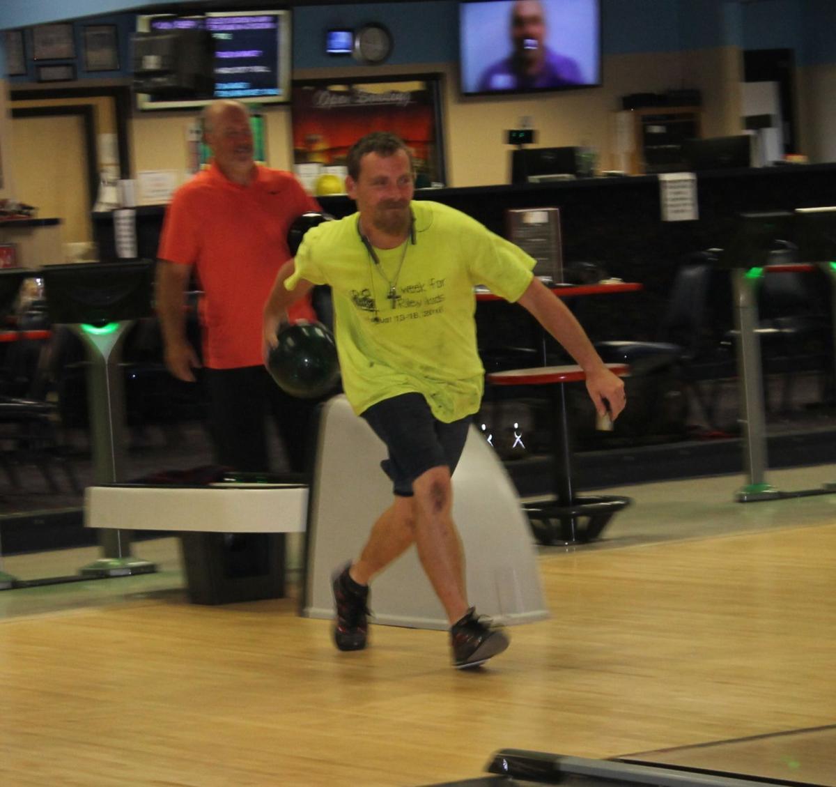 Bowling photo 2
