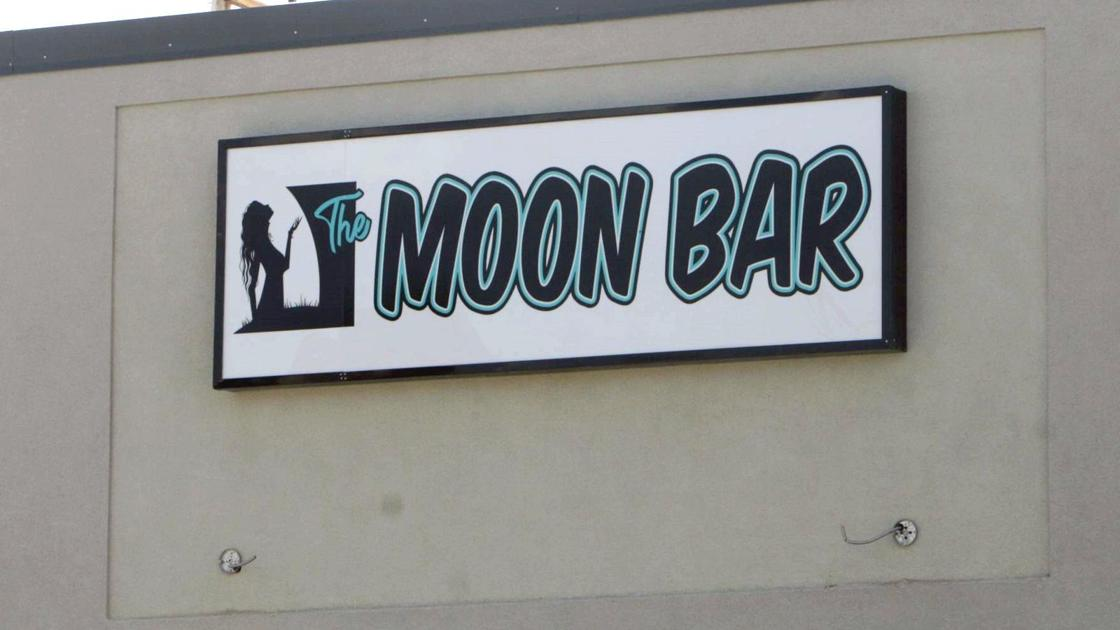 letters for signs rda rejects moon bar sign local elkodaily 1120