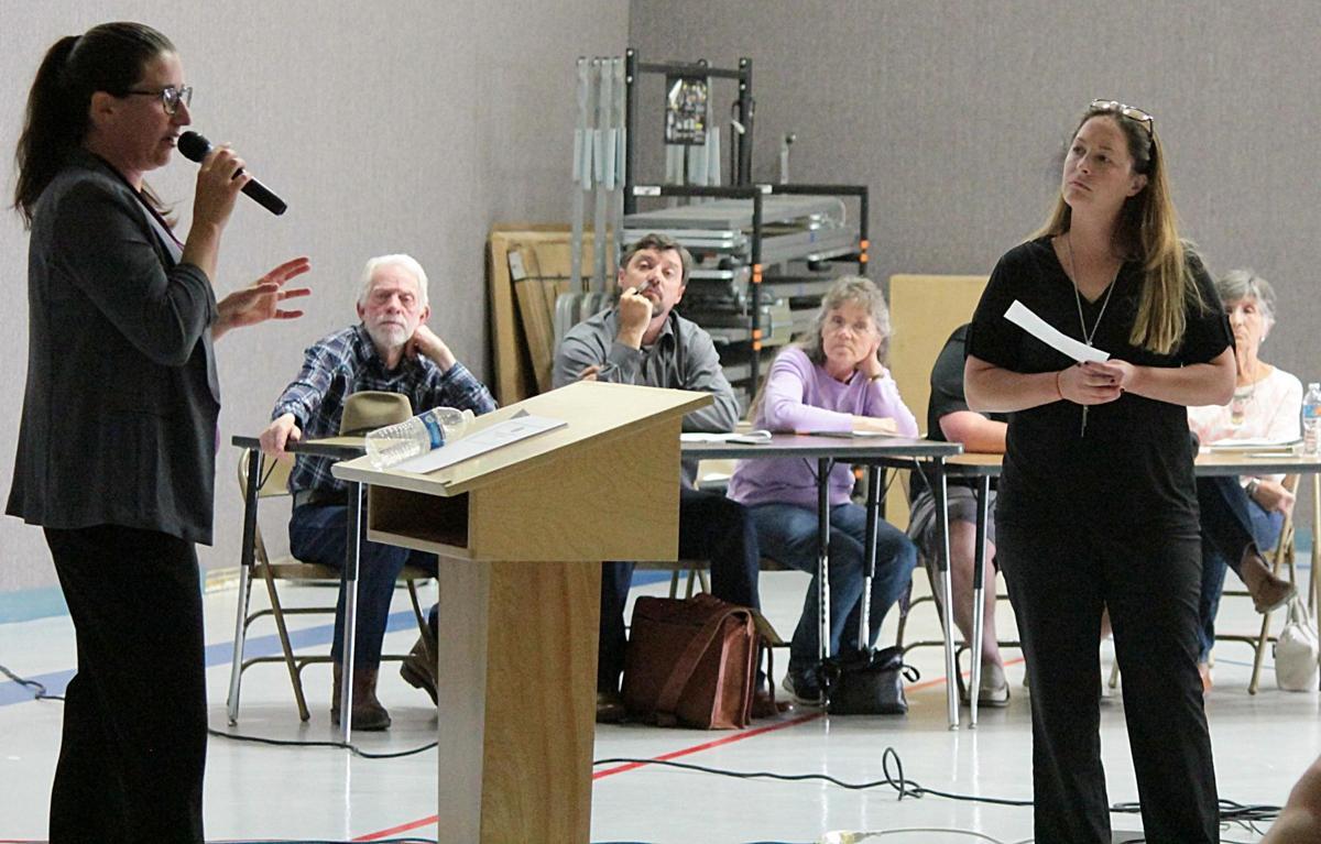 Spring Creek homeowners lean toward status quo