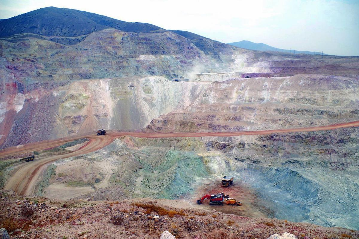 Hycroft pit