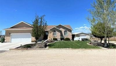 5 Bedroom Home in Spring Creek - $525,000