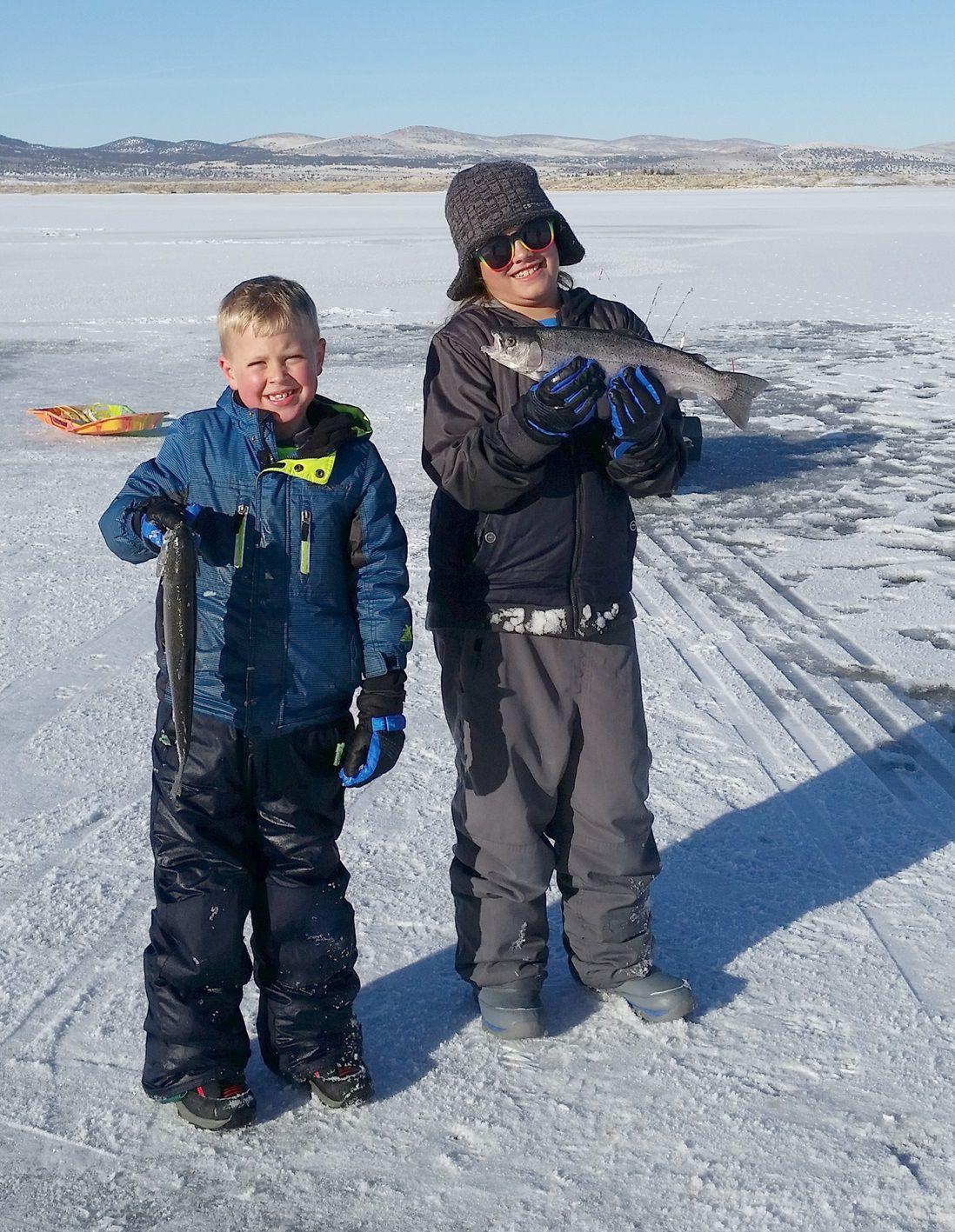 Joe 39 s fishing hole ice fishing basics lifestyles for Ice fishing hole