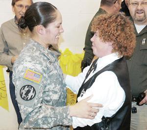Soldier receives warm welcome