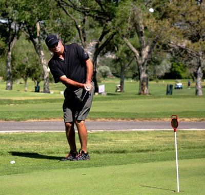 City approves bid for new golf pro
