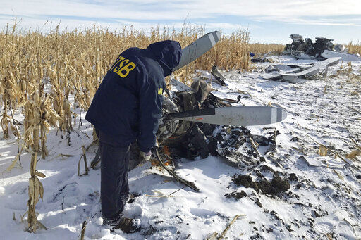 Idaho community mourns 9 relatives killed in plane crash