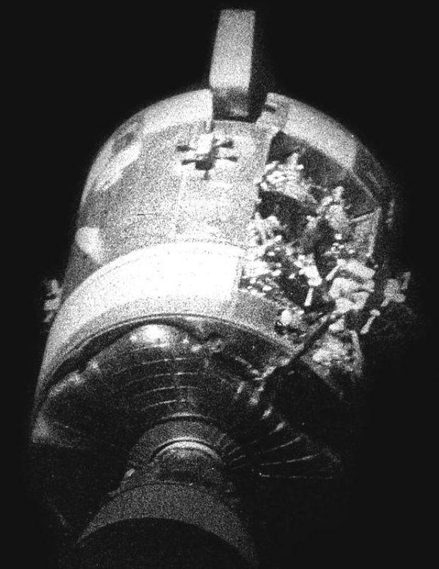 Professor Hanington's Speaking of Science: The Apollo 13 ...
