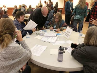 Western Folklife Center seeks volunteers for cowboy poetry gathering