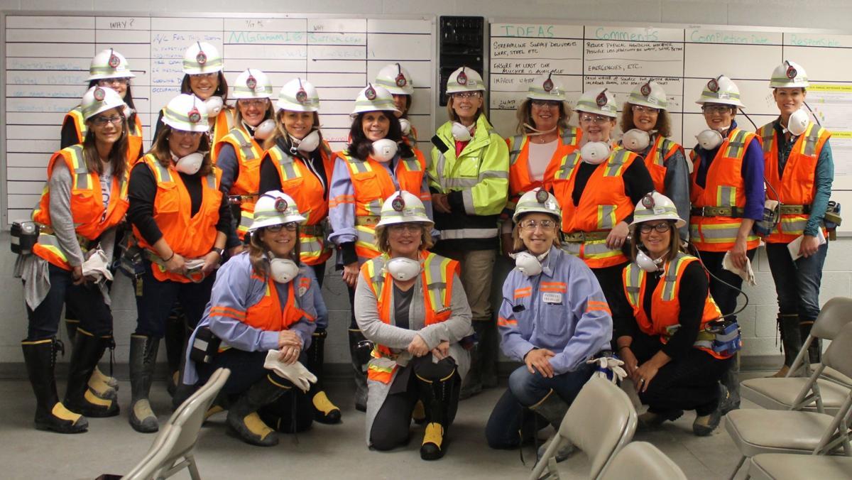 Women influencers tour Turquoise Ridge