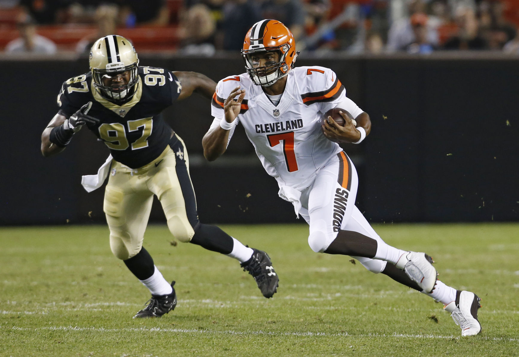 Saints drop preseason opener in Cleveland