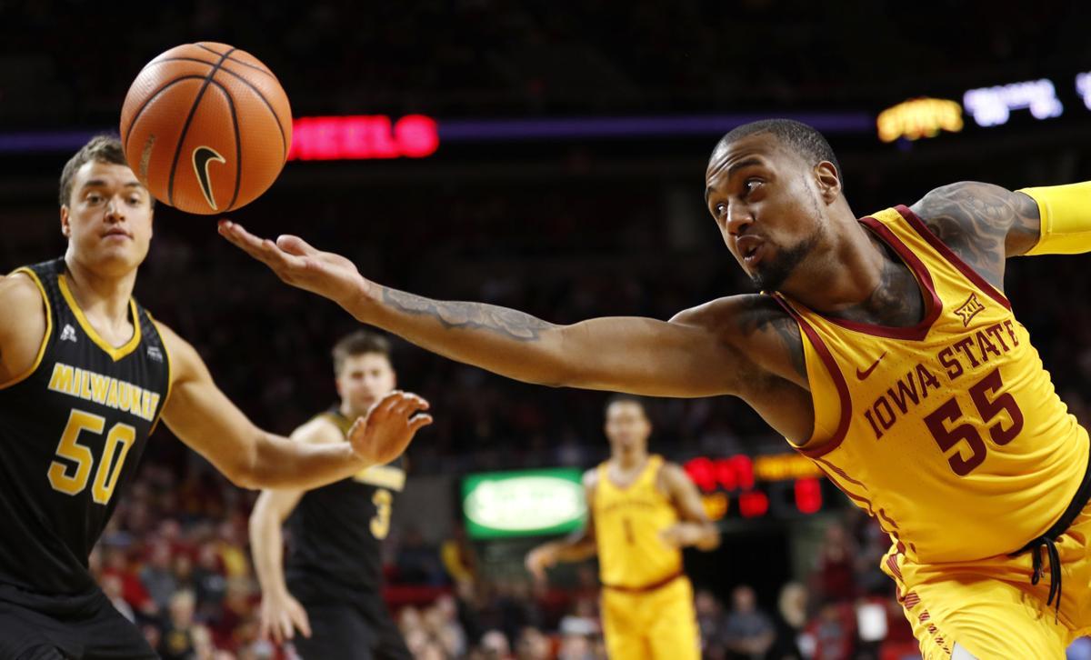 Milwaukee Iowa St Basketball