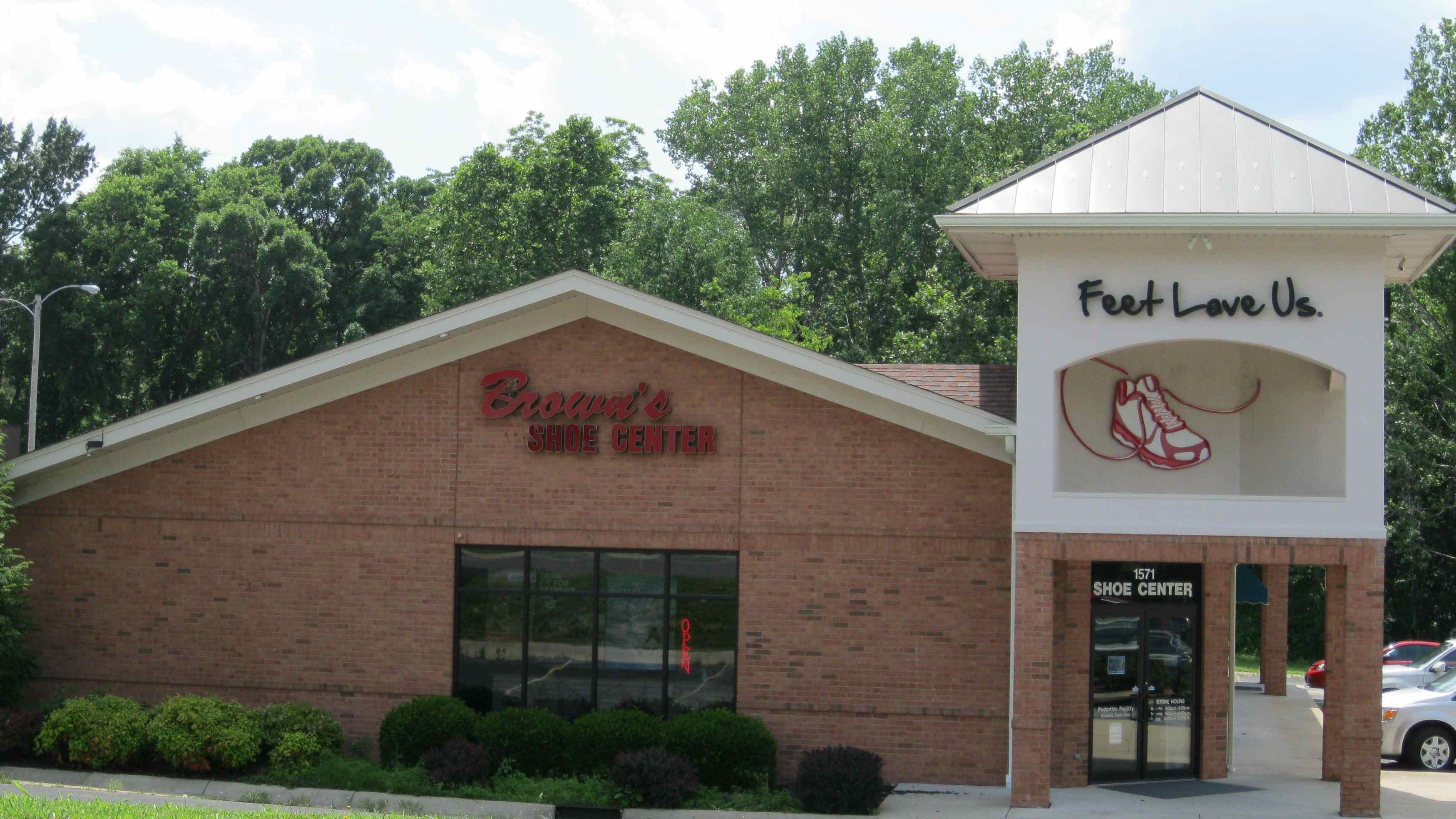 Brown's Shoe Center