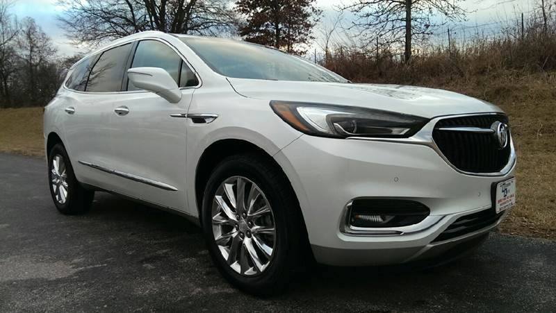 2018 White Buick Enclave