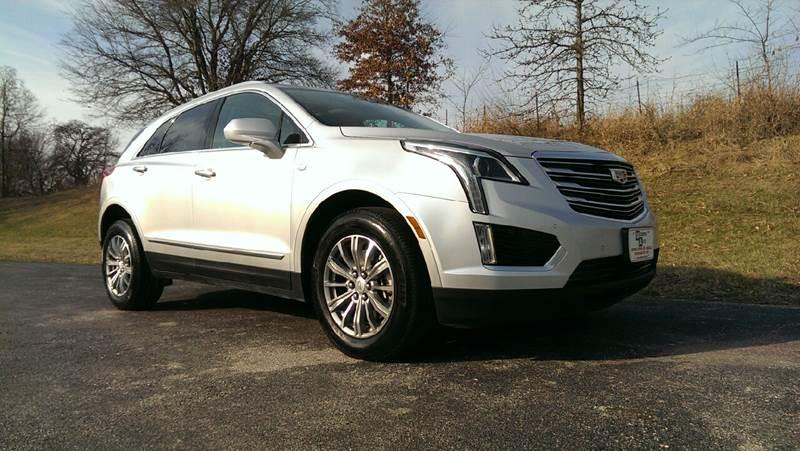 2017 Silver Moonlig Cadillac XT5