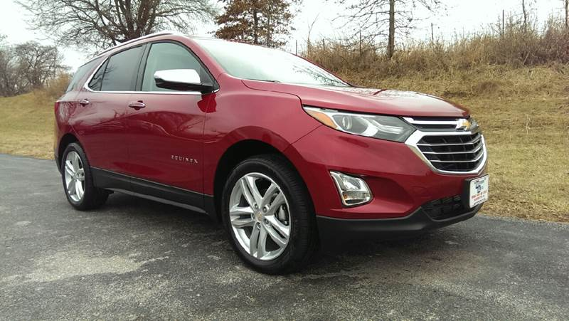2018 Red Chevrolet Equinox