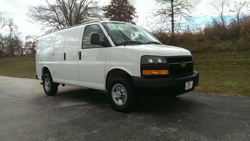 2018 Summit White Chevrolet Express Cargo