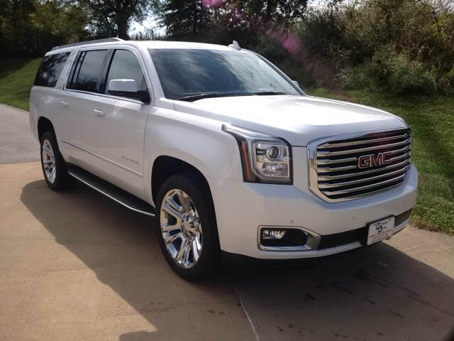 2018 White Frost Tri GMC Yukon XL