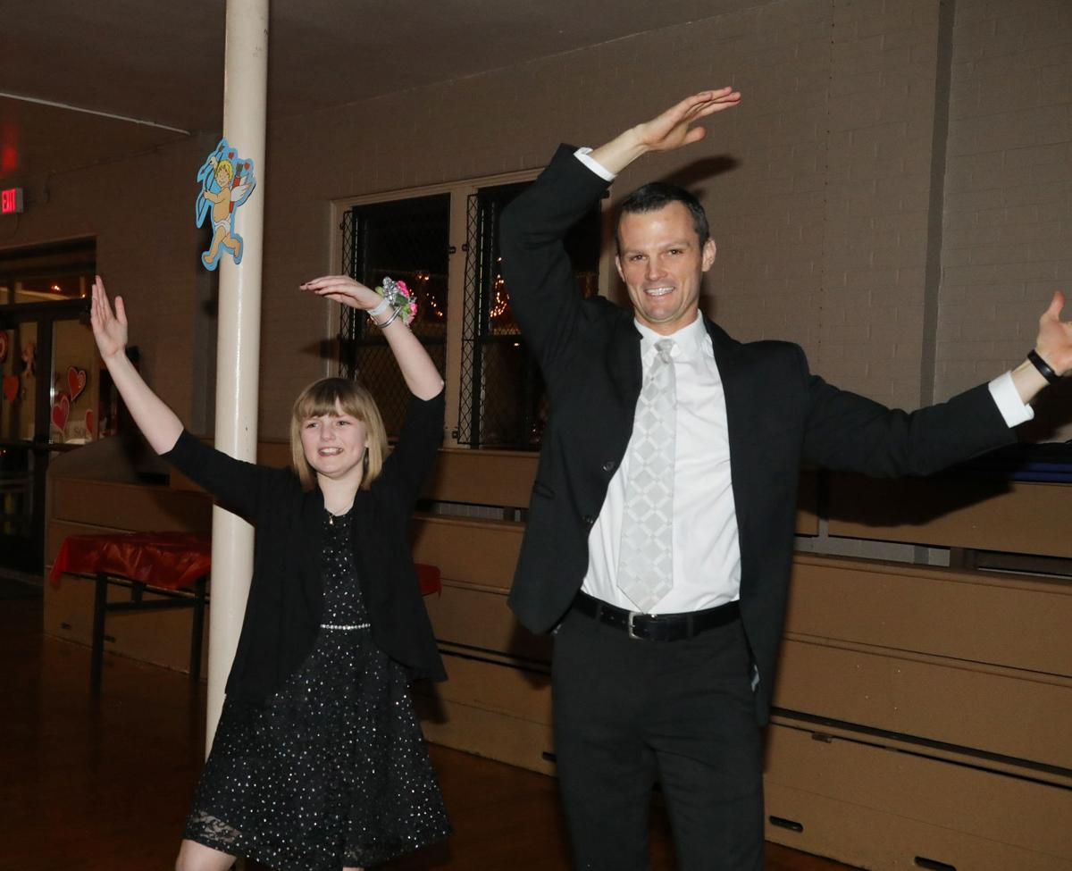 Father Daughter Dance 2019041.JPG