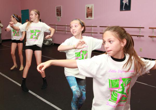 020 Little Starry Knights Dance Clinic 2014.jpg