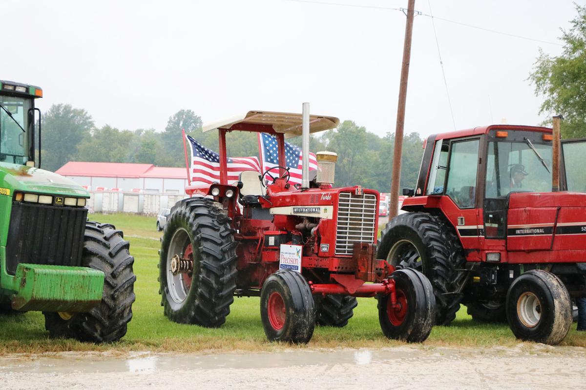 SCN tractors 2019005.JPG
