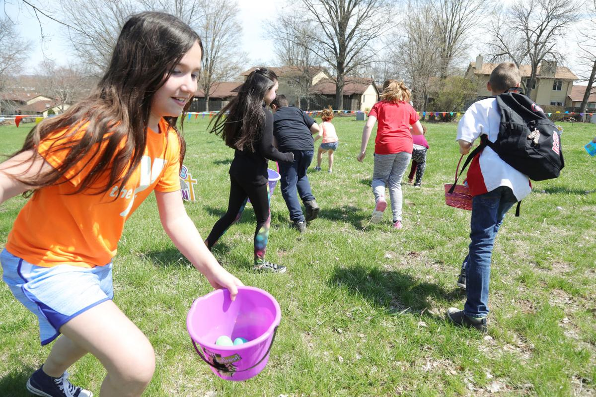 first Baptist Church egg hunt 2019012.JPG