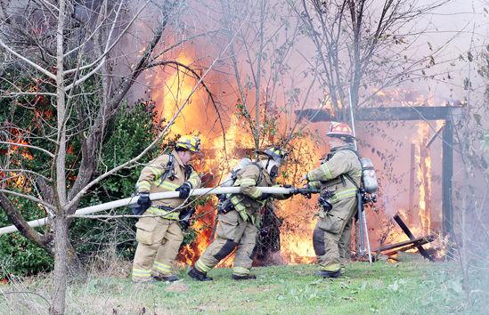 Fight Fire on Jeffriesburg Road