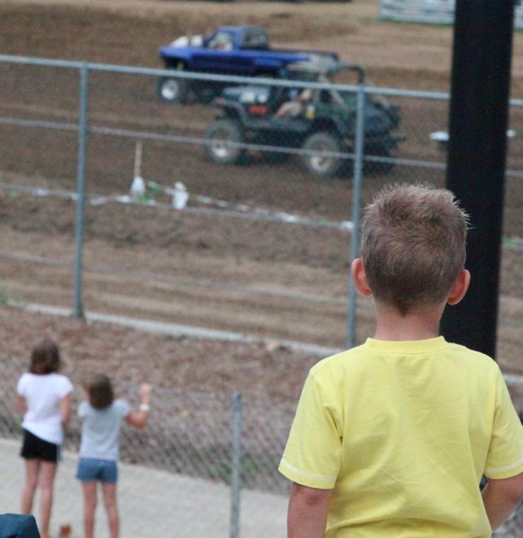 036 Mud Drag Racing.jpg