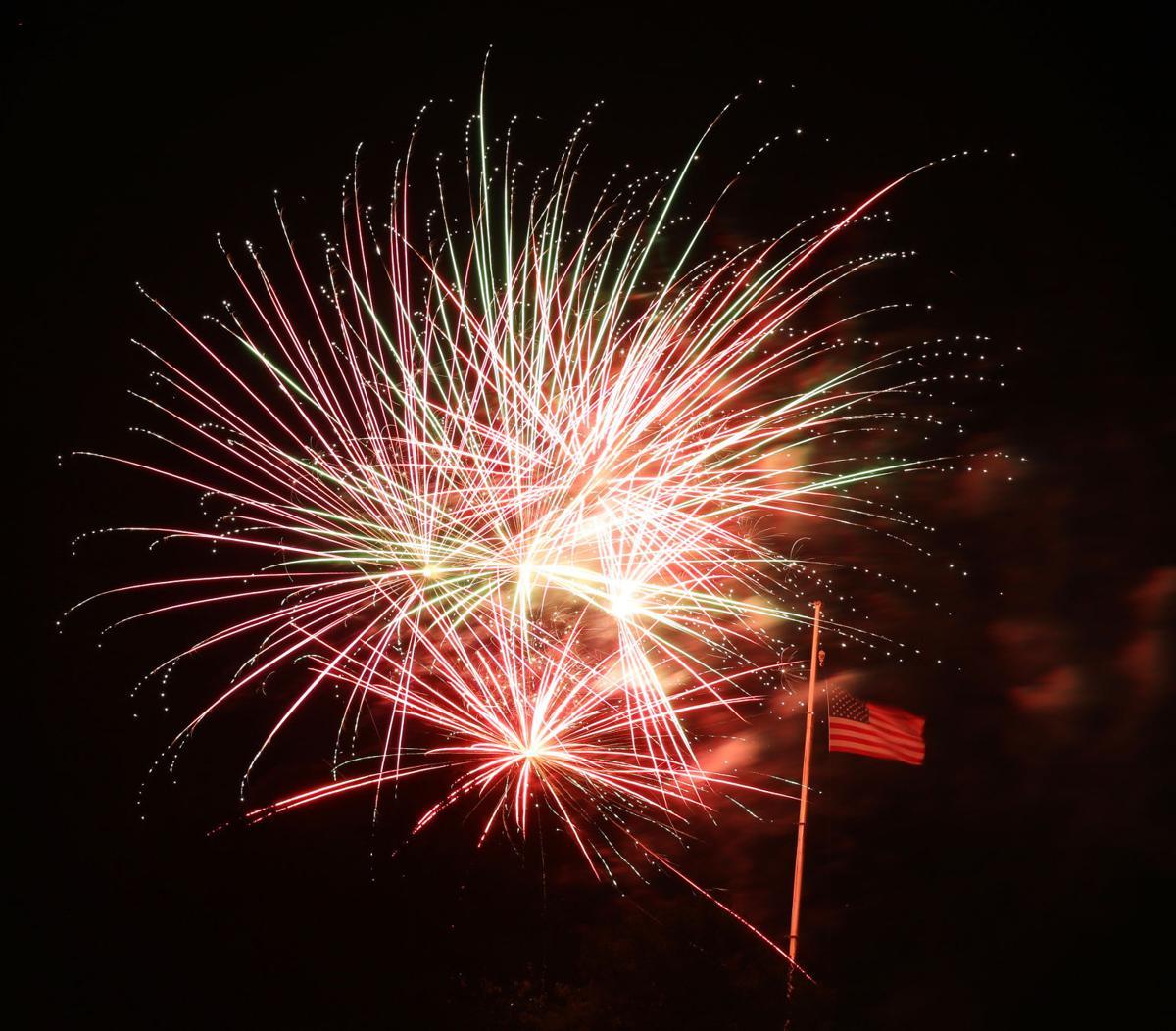 John G firework 2019016.JPG