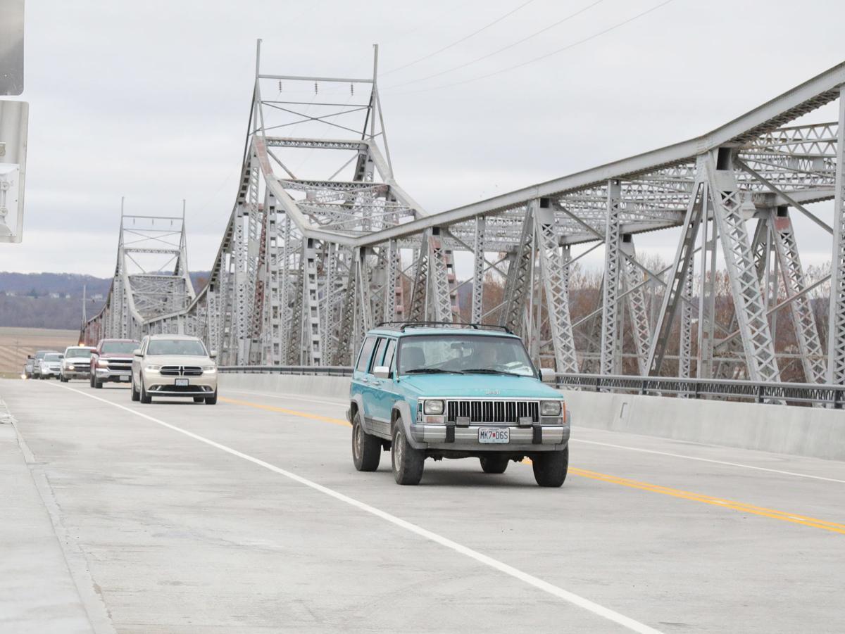 Drive on Bridge 2018020.JPG