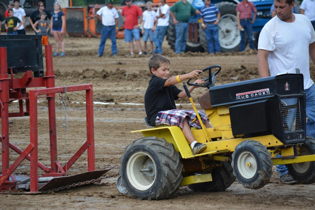 Fair Garden Tractor Pull 2 Fair Photos Emissourian Com