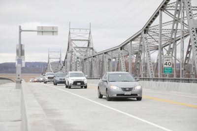 Drive on Bridge 2018025.JPG