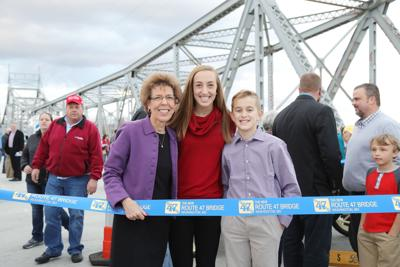 New bridge ceremony 2018111.JPG