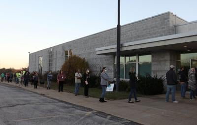 Union Ward 4 voters line up