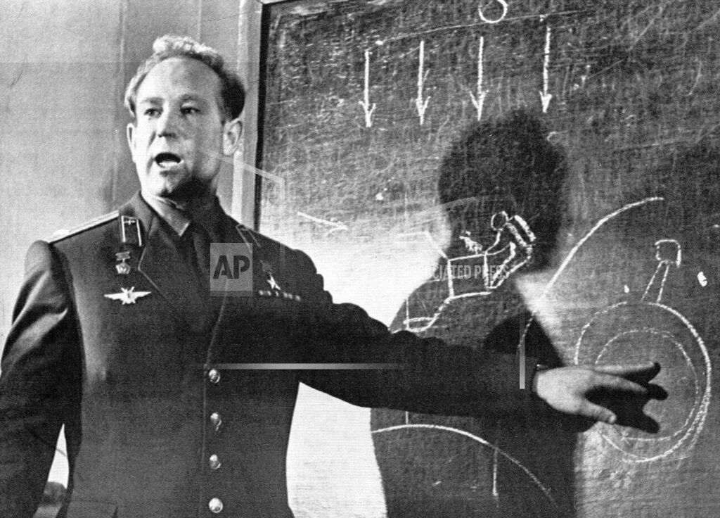 Russia Obit Leonov