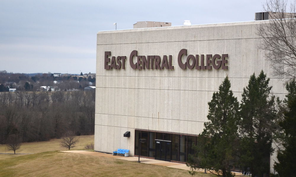 East Central College (ECC)