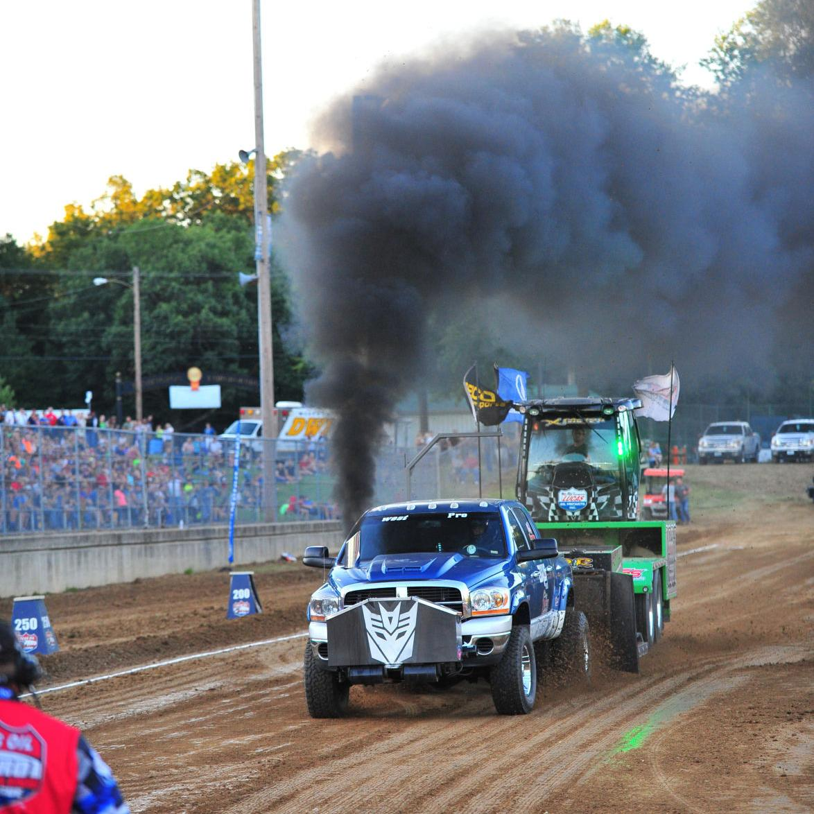 Fair Motorsports — Friday Tractor Pulling