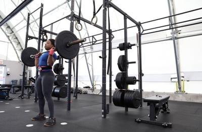 Bodybuilder Nadia Wyatt Talks Training For IFBB Olympia 2020