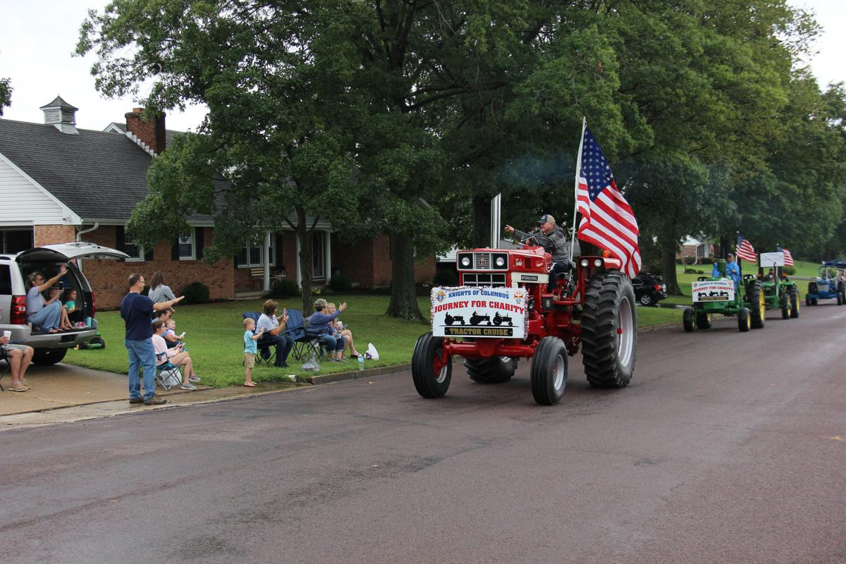 2019 Tractor Cruise in Union002.jpg