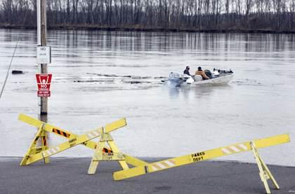 Minor Flooding Closes Parking Lot at Riverfront