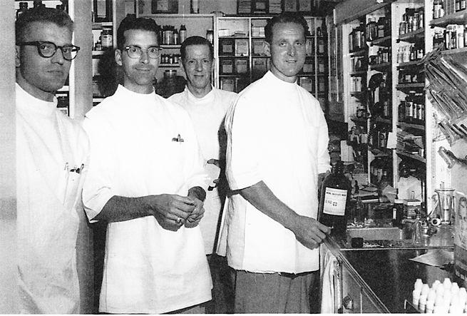 Schroeder Drugs in Downtown Washington, 1958