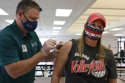 Sinks Pharmacy distributes vaccine at St. Clair schools