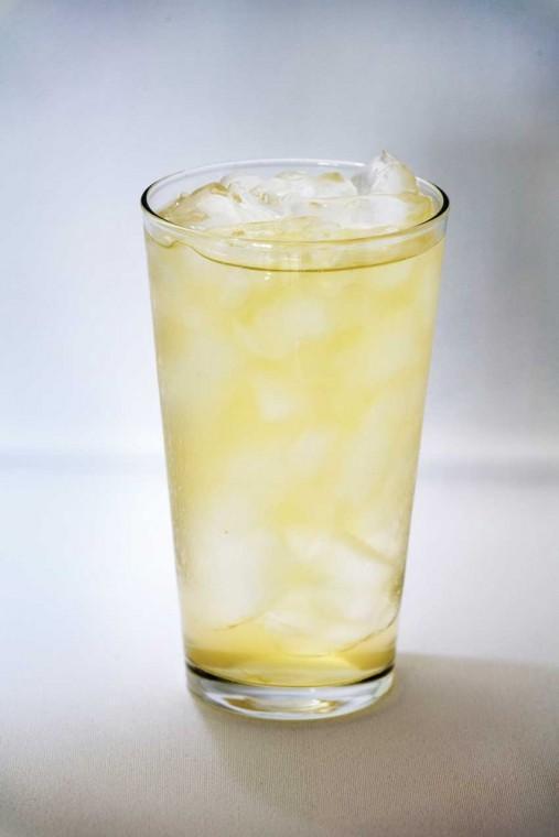 students serve 10000 glass of lemonade state news