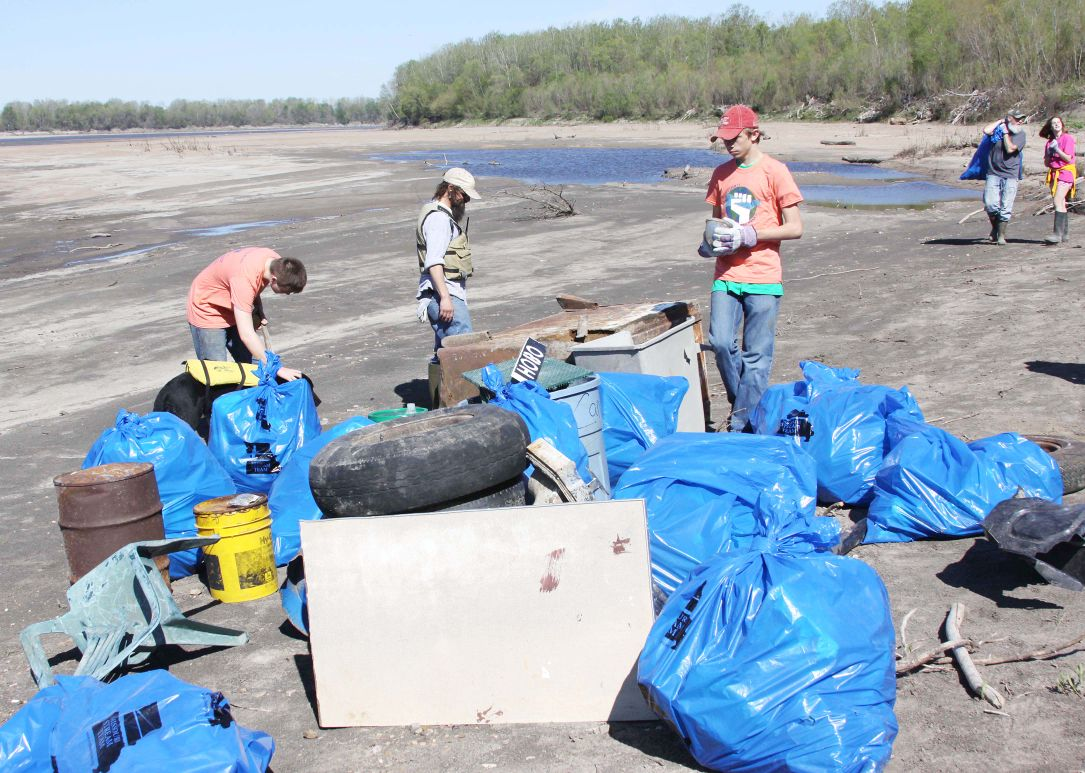 Missouri River Cleanup