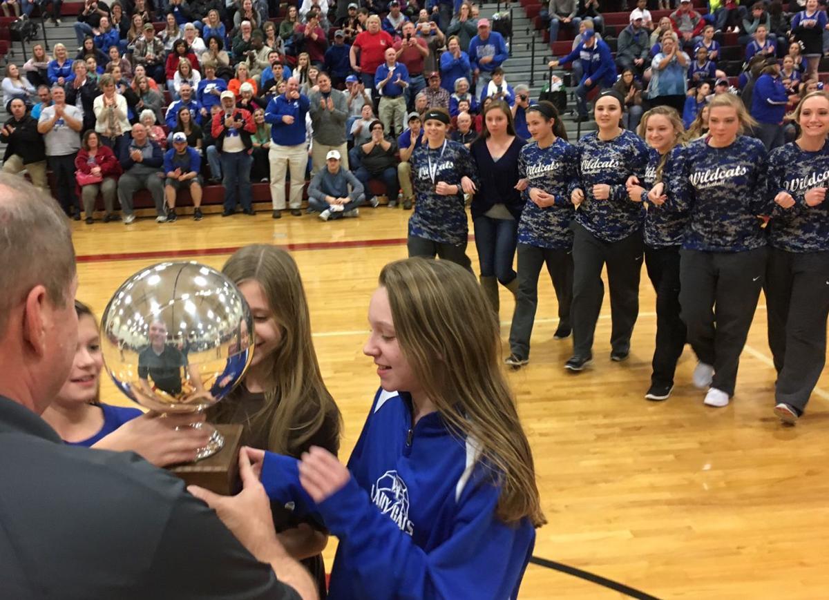 Alabama limestone county capshaw - West Limestone S Varsity Girls Team Accepts The Championship Trophy At East Limestone Saturday