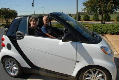 Athens Residents Charlie And Diane Plotz Show Off Their Smart Car Convertible The Organized A Local Rally That Will Draw